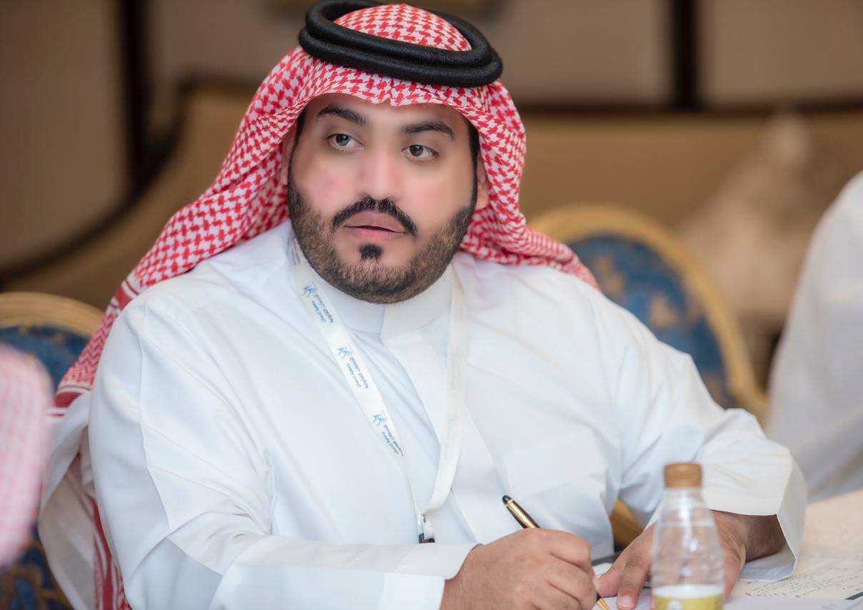 الاستاذ: سعود بن حمد آل فطيح